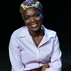 I protagonisti de #ilteatrofabene Arlete Guilhermina Vicente Bombe – Attrice Arlete ha 32 anni, ed è di Maputo, la capitale del Mozambico. Attrice con il gruppo Luarte, parla portoghese molto bene. Sul palcoscenico è una tigre! #mozambico #enifoundation #africa #salute #jacopofo #teatro #gruppoluarte