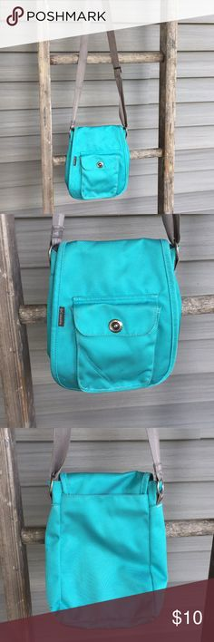 6b3553560b5f Cross body bag by Columbia Teal bag by Columbia. Used with a lot of life