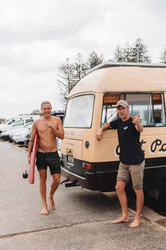 Beach Aesthetic, Travel Aesthetic, Low Fade Haircut, Going Barefoot, Bus Conversion, Byron Bay, Beautiful Places To Visit, Van Life, Things That Bounce