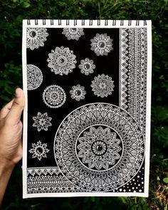 Doodle Art Drawing, Cool Art Drawings, Mandala Drawing, Zentangle Drawings, Mandala Sketch, Mandala Doodle, Zen Doodle, Zentangles, Mandala Art Lesson