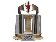 Justice League Trophy Room: Wonder Woman Tiara Bracelets & Lasso Prop Replica - Justice League Props