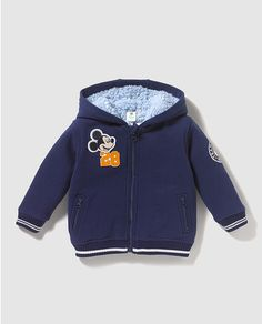 Sudadera de bebé niño Disney en azul con Mickey Baby Boy Outfits, Kids Outfits, Winter Baby Boy, Boys Closet, Kids Clothes Sale, Little Boy Blue, Kids Wear, Kids And Parenting, Canada Goose Jackets