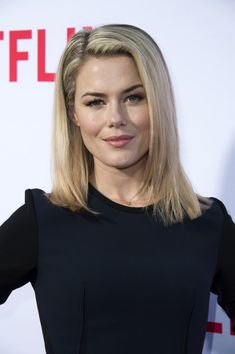Rachael Taylor Medium Straight Cut - Rachael Taylor wore her hair down to her shoulders in a straight, subtly layered style during the 'Jessica Jones' FYC screening.
