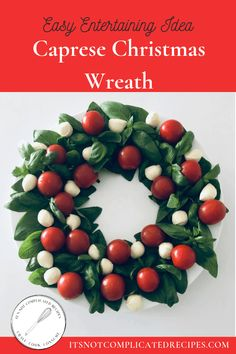 Caprese Christmas Wreath - a festive and healthy dish that will be ideal for your Christmas table or festive celebration. Healthy Dishes, Easy Healthy Recipes, Real Food Recipes, Yummy Food, Savoury Recipes, Delicious Recipes, Christmas Appetizers, Christmas Desserts, Christmas Wreaths