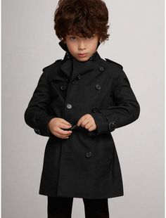 Burberry The Wiltshire Trench Coat  Burberrykids  trenchcoat   kidswintercoats  sponsored Toddler Boy Fashion f10d83f49ad