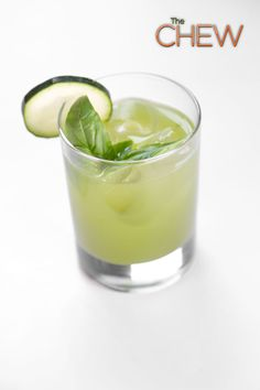 Clinton Kelly's Cucumber Basil Refresher