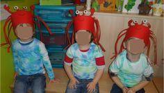 MUSICAL ==> De mooiste vis van de zee Krabbenkroon + t-shirt gemaakt door de kleuters (crepe-papier op een natte t-shirt)