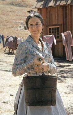 Karen Grassle as Caroline Quiner Holbrook Ingalls Photo by NBCU Photo Bank Michael Landon, Show Me Pictures, Wall Of Fame, Laura Ingalls Wilder, Popular Tv Series, Village Houses, Photo Memories, Halloween Pictures, Godly Woman
