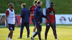 West Ham's Michail Antonio Says Gareth Southgate Is The Right Man For England   Gareth Southgate is the right man for the England job because of his special relationship with the players according to Michail Antonio. Antonio was included in Southgate's first England squad for games against Malta and Slovenia in October and the West Ham midfielder was impressed with the interim boss.Southgate has completed a formal interview with the Football Association's five-man panel and could be…