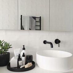 Bathroom Decor modern Bathroom Style / Tray on Counter / Modern Decor Interior Design Tips, Modern Powder Rooms, House Interior, Bathroom Style, Bathroom Interior Design, Bathroom Decor, Trendy Bathroom, Bathroom Design, Interior Styling