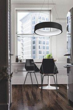Závěsné kovové svítidlo v černé barvě s plastovým krytem je díky LED diodám velmi úsporné a přitom poskytne kvalitní osvětlení.  #zavesnesvitidlo #homesweethome #style #svitidlo #luxprim Led, Conference Room, Table, Furniture, Home Decor, Luxury, Homemade Home Decor, Meeting Rooms, Tables