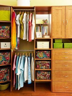 Tackle Your Closet! Did you know it can take four to eight hours to properly declutter your bedroom closet? Being realistic about your time constraints and the amount of work that lies ahead will help you plan efficiently. Schedule the time you need with your spouse, and if you have kids, make arrangements for child care so you can focus on the task at hand.