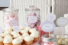 #candy bar #mesa de dulces comunion niña #cupcakes chocolate blanco #botes de chuches