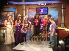 Fox 8's Jennifer Jordan stomps grapes with the help of Geneva Grape Jamboree organizers!