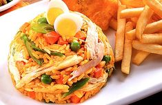Más recetas con arroz aquí. Lunch Recipes, Dinner Recipes, Cooking Recipes, Healthy Recipes, Aroz Con Pollo, Columbian Recipes, Colombian Cuisine, Comida Latina, Weird Food