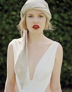 I just am really liking the matte pale face with deep red lips. So pretty.