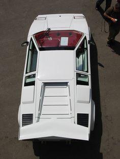 Lamborghini_Countach.png 768×1,024 ピクセル