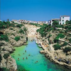 I was a Thomson's childrens rep and worked here in Cala'n Forcat, Menorca