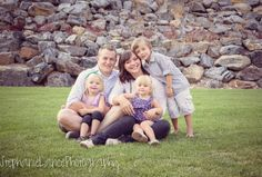 Family pictures. Family picture ideas. Stephanie Lance photography