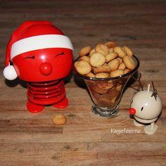 Pebernødder og en jule hoptimist - Pepernoot / Danish christmas biscuit with pepper