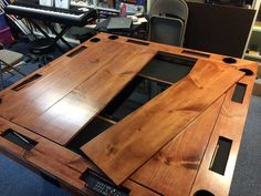 Build a dream gaming table that can even include an embedded digital mapping system Board Game Table, Board Games, Game Tables, Cake Board, Gaming Table Diy, Geek House, Dnd Table, Deco Gamer, Puzzle Table