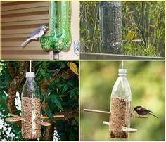 Botellas de plástico convertidas en comederos para pájaros.