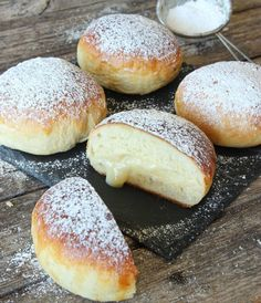 Swedish Dishes, Baked Doughnuts, Sweet Pastries, Fika, Dessert Recipes, Desserts, Baked Goods, Bread Recipes, Food Photography