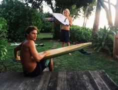 Surfboard design can look very simple to the uninitiated. To most people a board just looks like an elongated piece of fiberglass with pointy ends. Beautiful Boys, Pretty Boys, John John Florence, Surf Trip, Beach Aesthetic, Surfs Up, Beach Bum, Ocean Beach, Poses