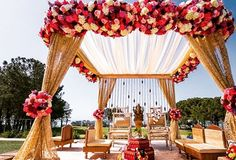 Simple yet elegant mandap #outdoor #instagood #instadaily #mandap #indian #desi…
