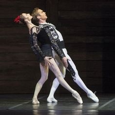 "Svetlana Zakharova Светлана Захарова as ""Carmen"" and Mikhail Lobukhin Михаил Лобухин as ""Escamillo"" (Torero), ""Carmen Suite Кармен сюиты"" choreography by Alberto Alonso, music by Georges Bizet and Rodion Shchedrin, Bolshoi Ballet Большой театр, Teatro di San Carlo, Naples, Italy (October 13-14, 2015)"