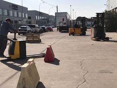 Con este sol mejor las prácticas en exterior! Prácticas de conducción de transpaleta eléctrica del curso para particulares y empresas en las instalaciones de Expanet en Toledo