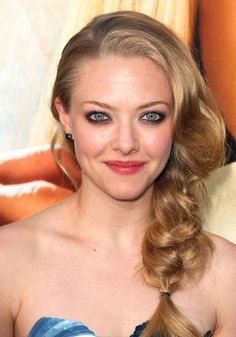 Amanda Seyfrieds Voluminous Braided Hair Celebrity Wedding Guest Hairstyles 2012