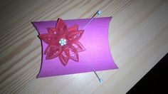 Box with quilled flower