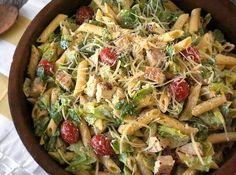 Σαλάτα ζυμαρικών με μήλο, σέλερι και σως caesar για φοβερό βραδινό - Food   Ladylike.gr