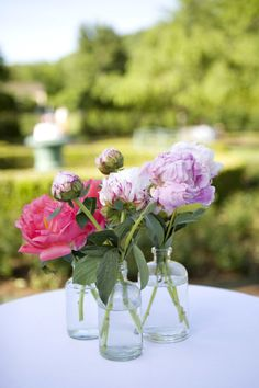 peonies and weddings go together like peanut butter and jelly   Photography by alyssarosephotography.com, Floral Design by lindabaldwin.com