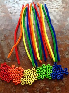 Bead & Pipecleaner Sorting Activity by LegacyLearning on Etsy https://www.etsy.com/listing/202966823/bead-pipecleaner-sorting-activity