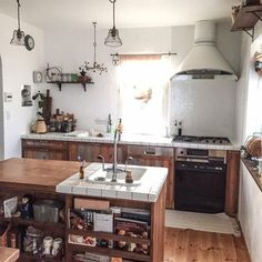 Rustic kitchen - open shelving - white tiles