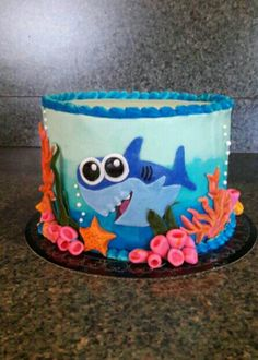 Baby shark birthday cake.  05/28/2017
