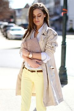 Trench & Pastel Yellow Jeans. Lovely spring outfit