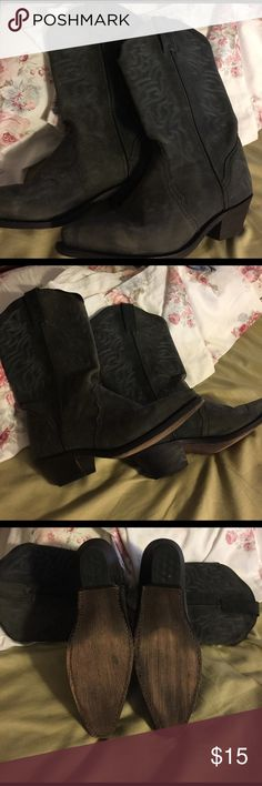 Leather cowboy boots size 8 Gray Leather cowboy boots size 8 Gray; shaft is approx 12 inches measured from sole see photos.  Considering all offers.  Priced to sell.  Thanks for looking. Shoes Heeled Boots