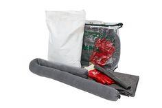 Firma IKAPOL przygotowuje zestawy ekologiczne umieszczone w podręcznych torbach z wydrukowaną na zewnętrznej stronie instrukcją obsługi sorbentów znajdujących się na jej wyposażeniu. Torba została wyprodukowana tak, by spełniać wymogi ADR dotyczące transportu. Podręczny kształt umożliwia łatwe przechowywanie np. w kabinie ciężarówki. Sorbenty umieszczone w zestawie pozwalają zabezpieczyć wyciek substancji niebezpiecznych o objętości do 35 litrów.
