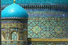 In Samarkand, Uzbekistan, the Registan square has been hailed as the greatest sight in Central Asia. Detail Architecture, Islamic Architecture, Beautiful Architecture, Palaces, Monuments, Turquoise Tile, Prince, Silk Road, Train Rides