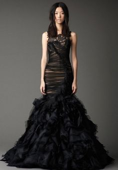 Black Vera Wang wedding dress. I die.
