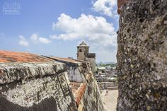 What to do in Cartagena 👉 Castillo de San Felipe, Getsemaní & Squares (Old Town Tour) Victoria, Tour, Monument Valley, Grand Canyon, Nature, Travel, South America, Continents, Cartagena