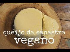 Pouca gente sabe, mas existem diversos tipos de queijos vegetais, que não usam nenhum tipo de ingrediente animal em sua fabricação. Veja: queijos veganos. Sin Gluten, Gluten Free Recipes, Vegan Recipes, Going Vegan, Coco, Recipies, Health Fitness, Low Carb, Cheese