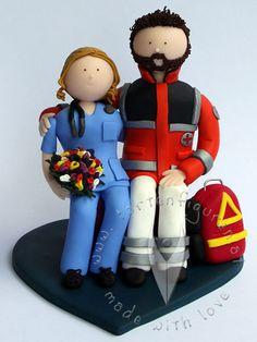 Sanitäter Krankenschwester Brautpaar von www.tortenfiguren.at - Nurse & Ambulance Man Wedding Cake Topper