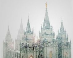 A closeup view of the Salt Lake City, LDS Temple taken in the early hours of a late spring blizzard. To see more work, visit Altus Photo Design. Dark Souls, Narnia, Mythos Academy, Dorian Havilliard, Medieval, Shadowhunters, Princess Aesthetic, Queen Aesthetic, Disney Aesthetic