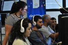 Telecom y San Fernando capacitan en oficios digitales a jóvenes del distrito