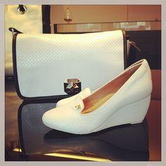 Bom Dia Koquinas! Gostam de branco? Que tal essa combinação? #koquini #sapatilhas #euquero #anabela