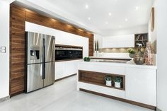 Does the kitchen interior change from season to season? And although this seems impossible, there are still kitchen trends that should be remembered in the fall Simple Kitchen Design, Kitchen Room Design, Kitchen Layout, Home Decor Kitchen, Interior Design Kitchen, Modern Kitchen Images, Kitchen Designs Photos, Kitchen Color Trends, Kitchen Colors